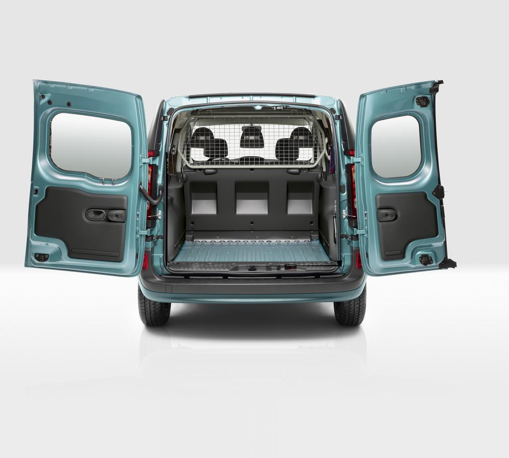 photo l 39 arri re du renault kangoo ze un grand coffre pour les professionnels. Black Bedroom Furniture Sets. Home Design Ideas
