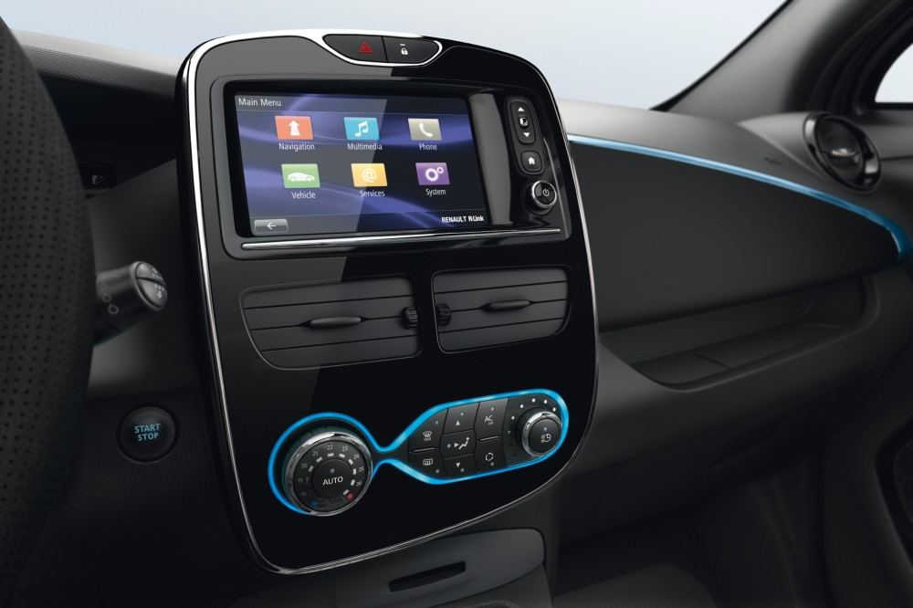 photo la console centrale de la renault zoe avec r link. Black Bedroom Furniture Sets. Home Design Ideas