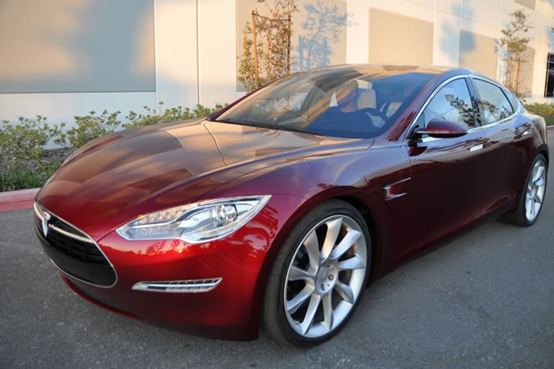 essayez une tesla model s dans votre ville. Black Bedroom Furniture Sets. Home Design Ideas