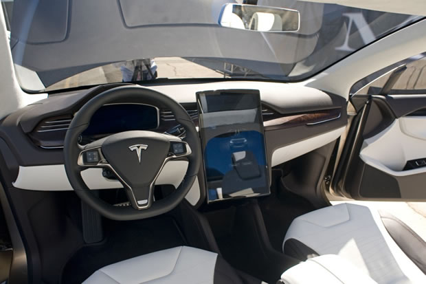 photo interieur tesla model x. Black Bedroom Furniture Sets. Home Design Ideas