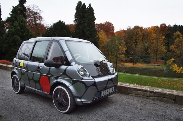 La voiture Mia Electric