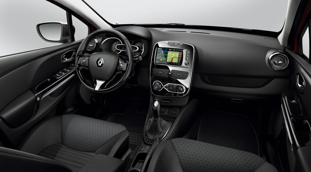 Photo une autre finition pour l 39 int rieur de la renault clio 4 for Finition interieur