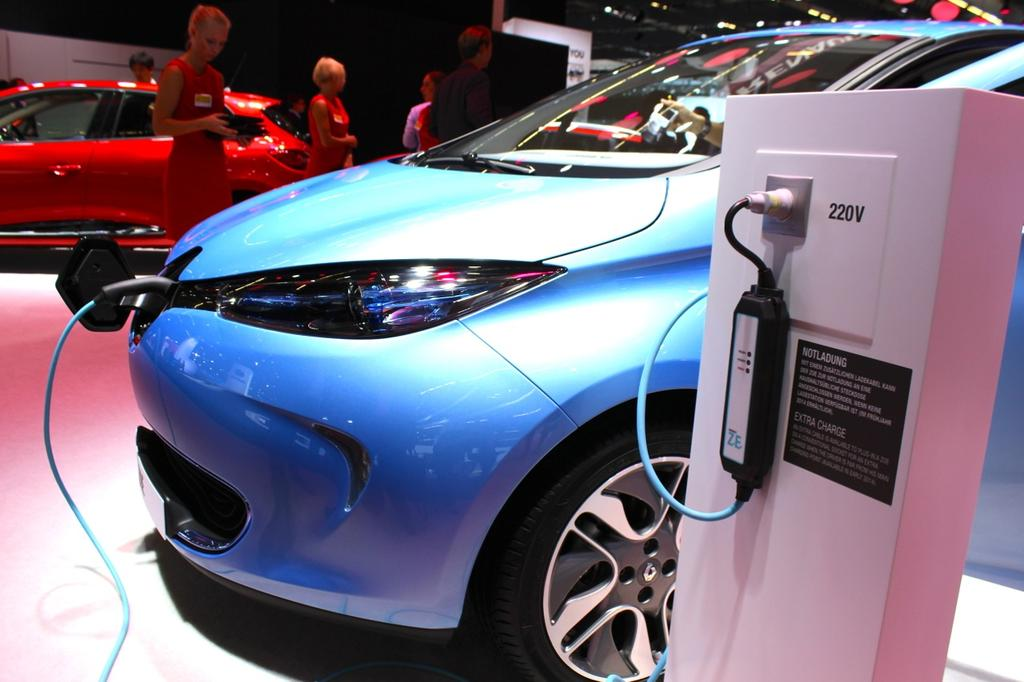Câble de recharge Renault ZOE : Interview à Francfort