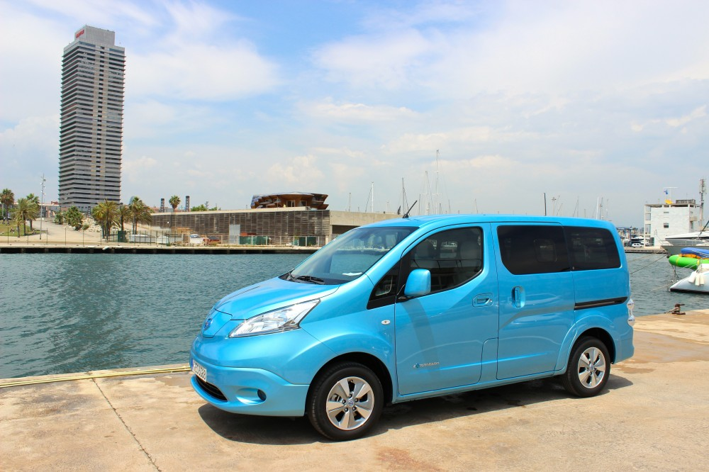 photo le nissan e nv200 est le second v hicule 100 lectrique de nissan. Black Bedroom Furniture Sets. Home Design Ideas