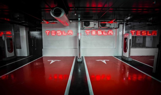 tesla-supercharger-westfield-london_02