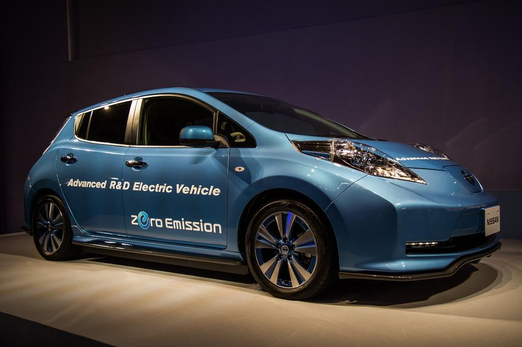 scoop 544 km d 39 autonomie pour la nissan leaf. Black Bedroom Furniture Sets. Home Design Ideas