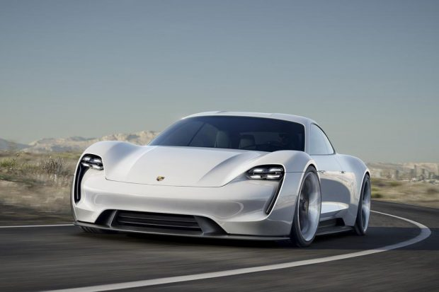 Porsche Mission E : un jour en production ?