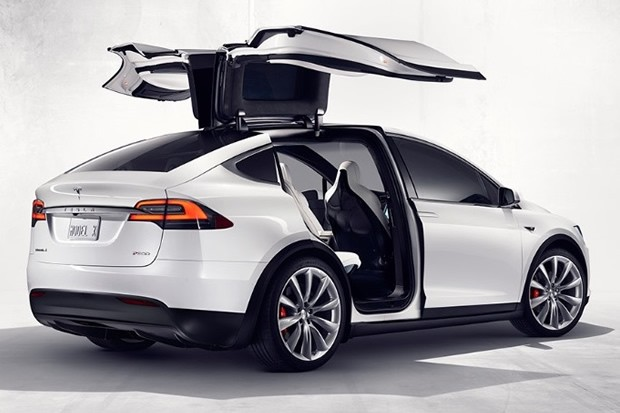 tesla model x ouverture des commandes et d couverte des tarifs. Black Bedroom Furniture Sets. Home Design Ideas
