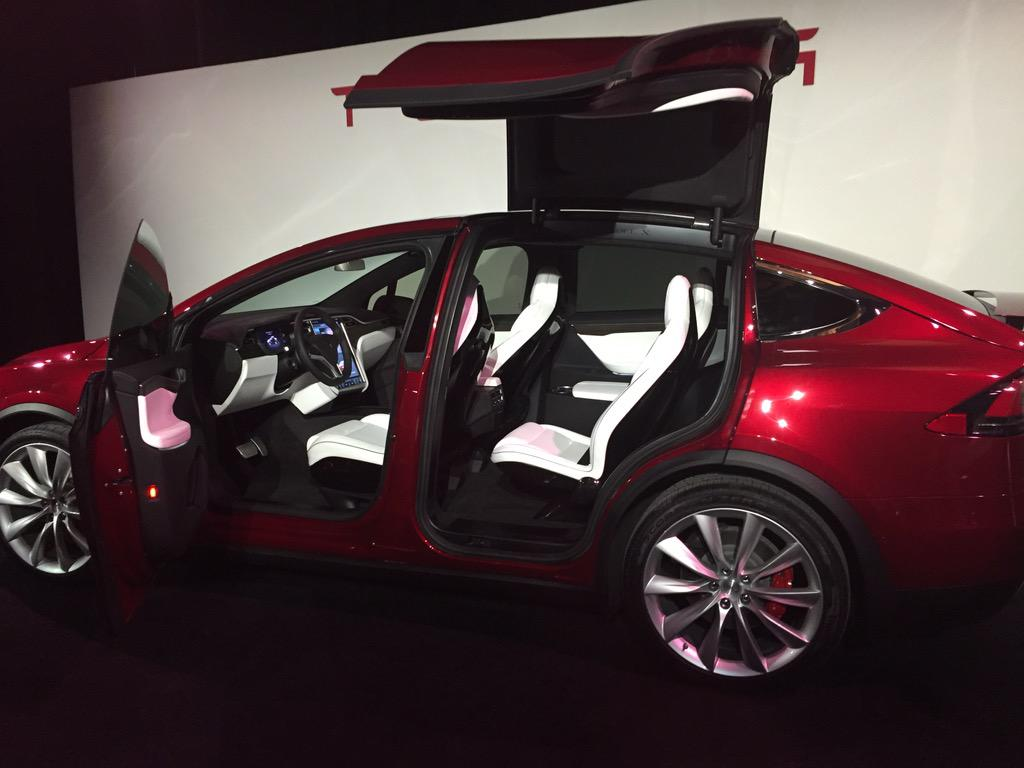 photo tesla model x siege. Black Bedroom Furniture Sets. Home Design Ideas
