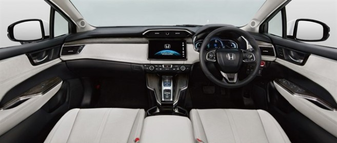honda-clarity-interieur