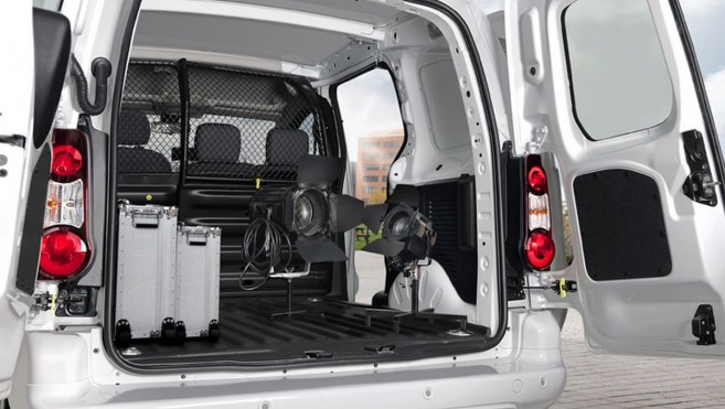 Le Citroën Berlingo Electric offre 695 kg de charge utile