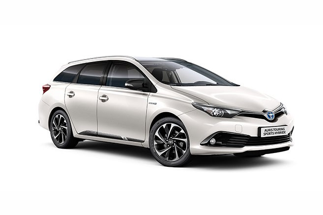 toyota auris touring sport salomon s rie sp ciale pour le break hybride. Black Bedroom Furniture Sets. Home Design Ideas
