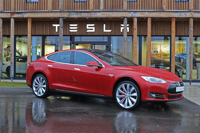 tesla 1000 model s en france et une nouvelle succursale aix en provence. Black Bedroom Furniture Sets. Home Design Ideas