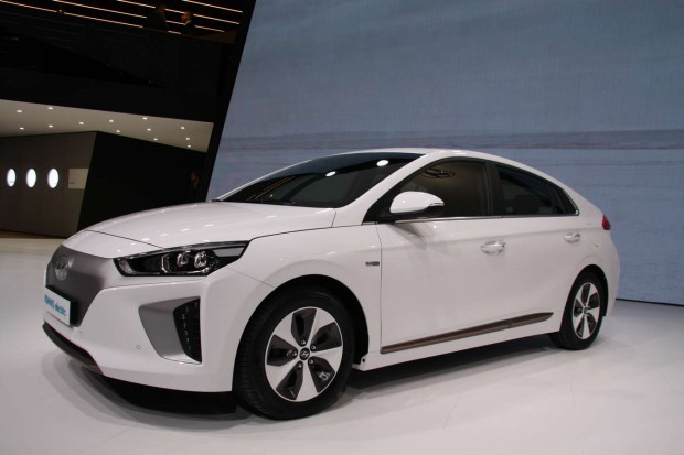 Hyundai Ioniq hybride rechargeable - La photo moteur