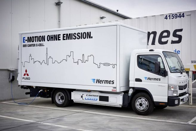 Fuso Trucks; Fuso Canter E-Cell im Flottentest; voll-elektrischer Leicht-Lkw; lokal emissionsfreier Antrieb; Hermes; Stadt Stuttgart ; Fuso Trucks; Fuso Canter E-Cell fleet trail; all-eletric light-duty; locally emission-free drive truck; Hermes; Stuttgart;