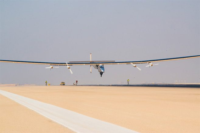 solar-impulse-atterissage