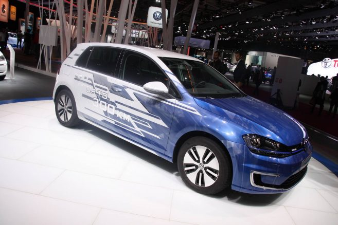 volkswagen e golf les 300 kilom tres d autonomie confirm s au mondial. Black Bedroom Furniture Sets. Home Design Ideas