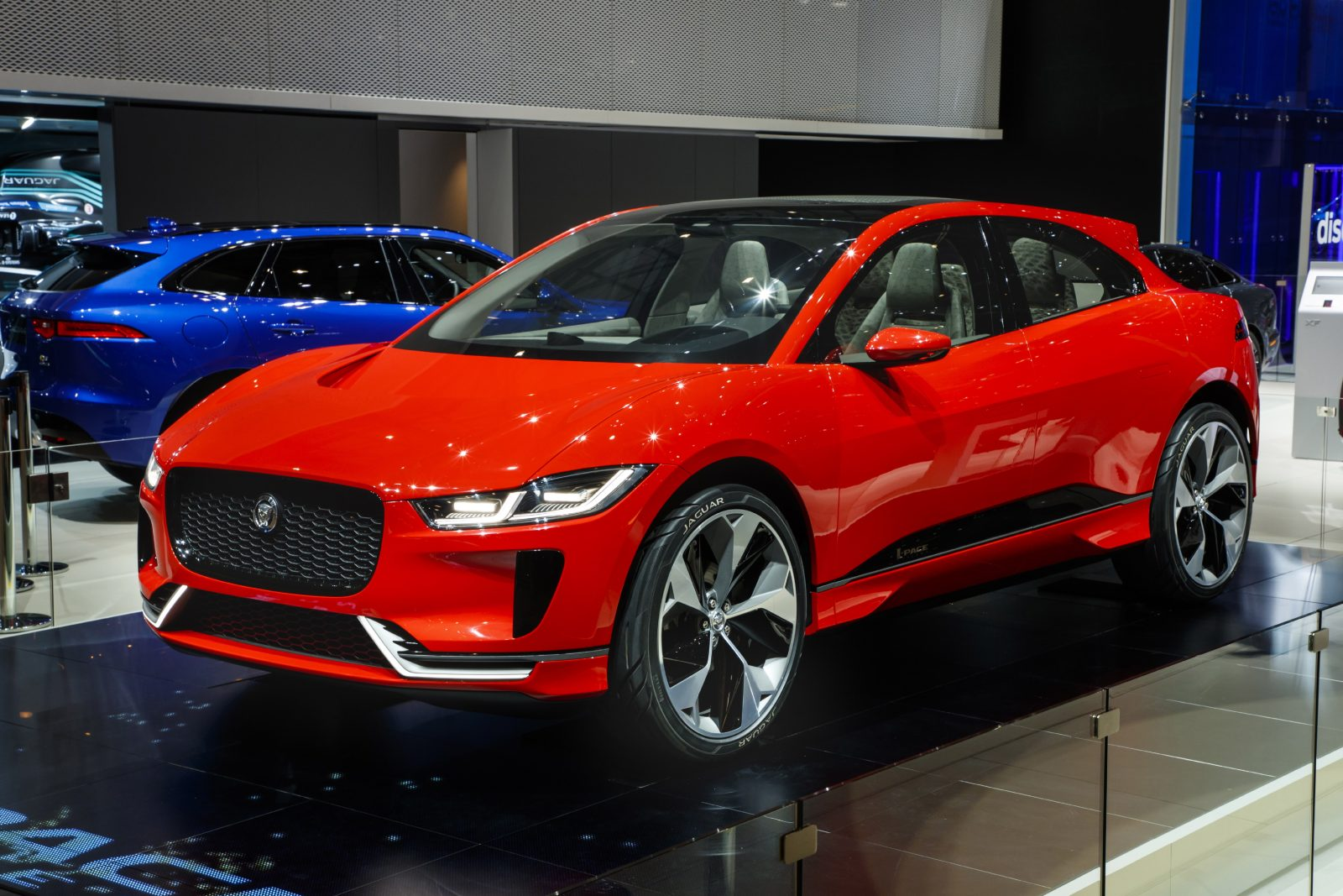 jaguar i pace concept le superbe suv lectrique expos gen ve. Black Bedroom Furniture Sets. Home Design Ideas