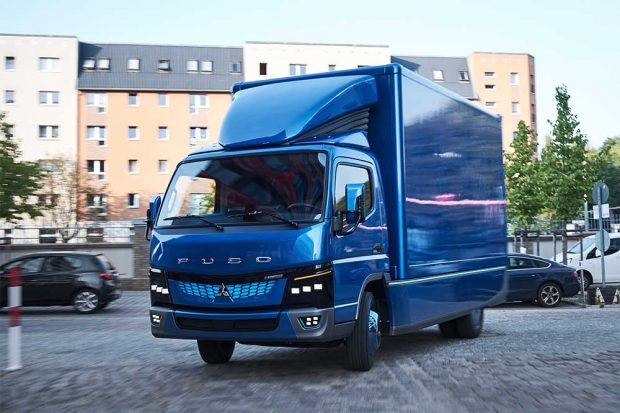Daimler débute la production du Fuso eCanter électrique en Europe