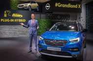 Francfort 2017 : Opel Grandland X hybride rechargeable