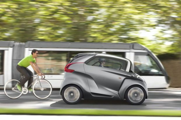 En 2018, multiplions les initiatives pour faire reculer les usages aberrants de l'automobile !