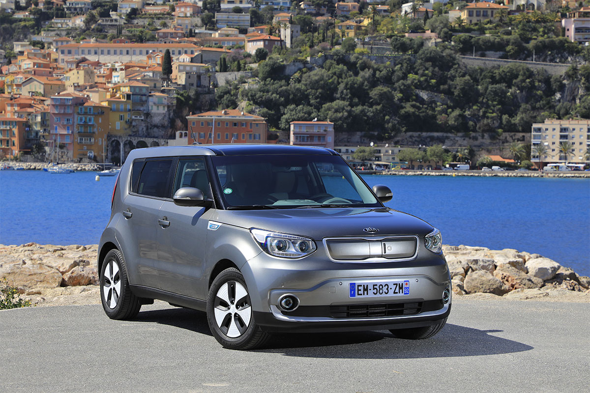 kia soul ev 30 kwh le crossover lectrique l 39 essai. Black Bedroom Furniture Sets. Home Design Ideas