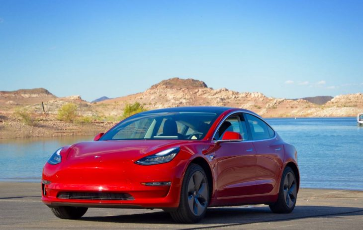 essai road trip en tesla model 3 dans le nevada. Black Bedroom Furniture Sets. Home Design Ideas