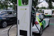 Charge ultra-rapide : Mega-e ouvre son premier site en Europe