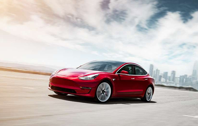 Tesla lance une Model 3 plus abordable