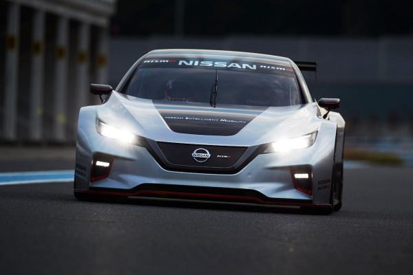 Nissan Leaf Nismo RC : look et performances décoiffantes !
