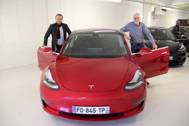 La Tesla Model 3 rejoint ses premiers clients en France