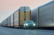 Ce pick-up électrique Ford F-150 tracte un train de 500 tonnes !