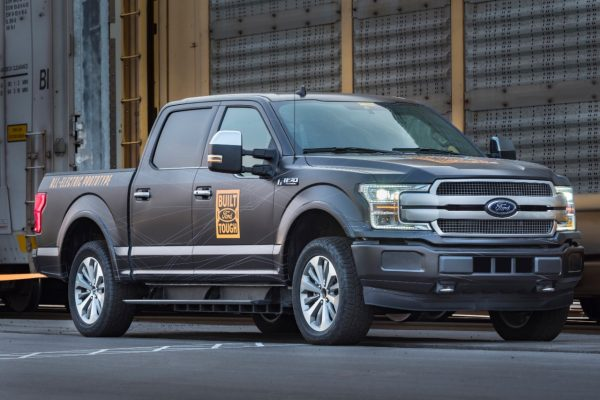 Ford retarde le lancement de son pick-up électrique F-150