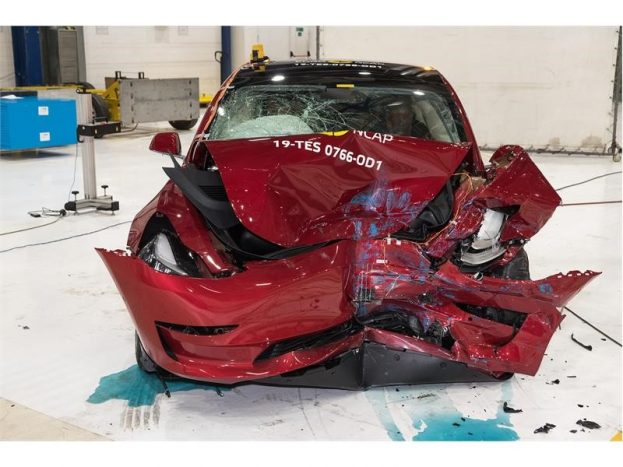 Performances impressionnantes de la Tesla Model 3 aux crash tests européens