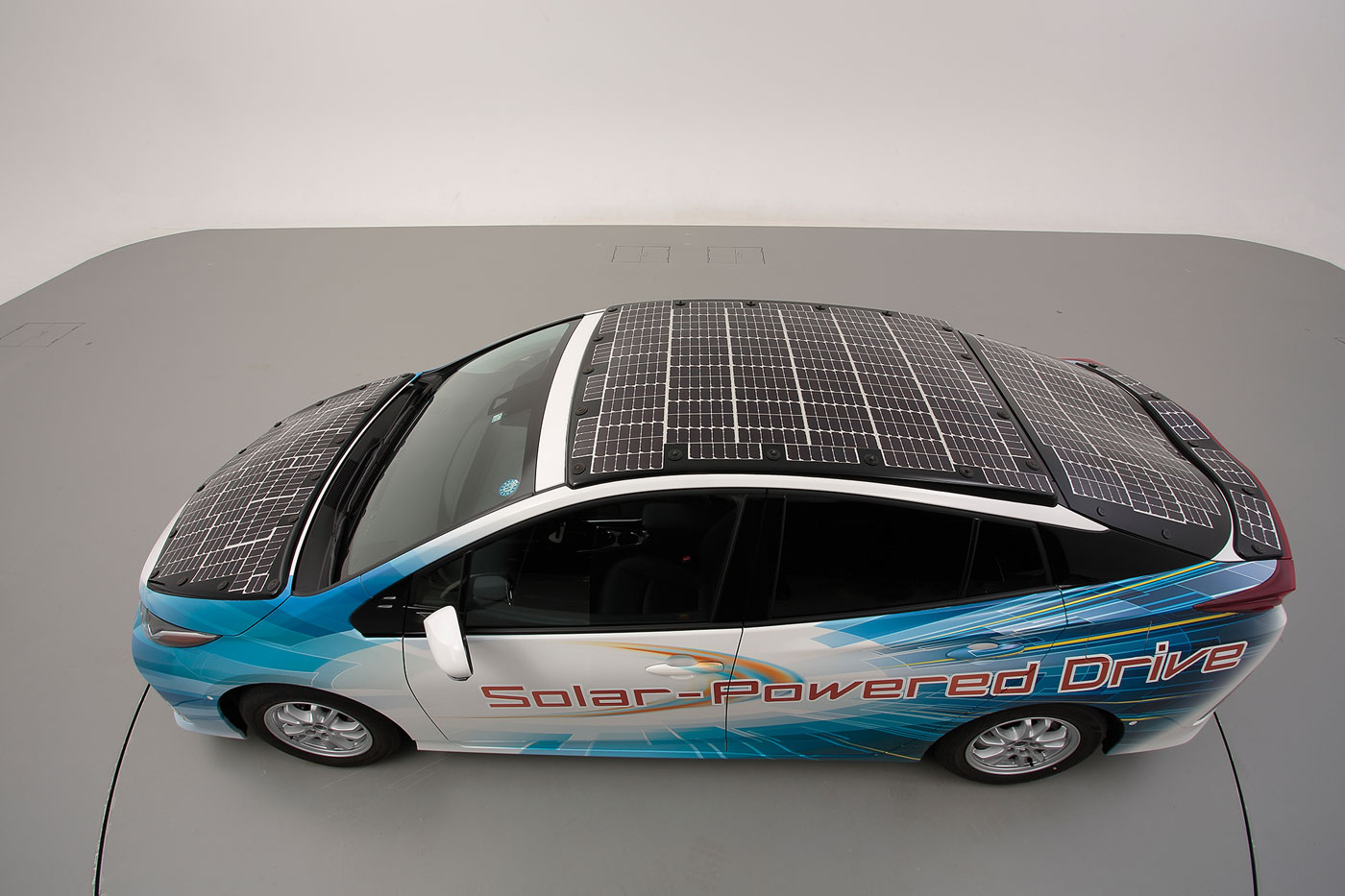 [Actualité] Groupe Toyota - Page 12 Toyota-prius-solaire-02