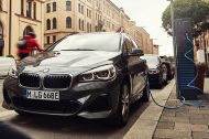 BMW 225xe Active Tourer 2019 : batterie augmentée à partir de 40.400 €