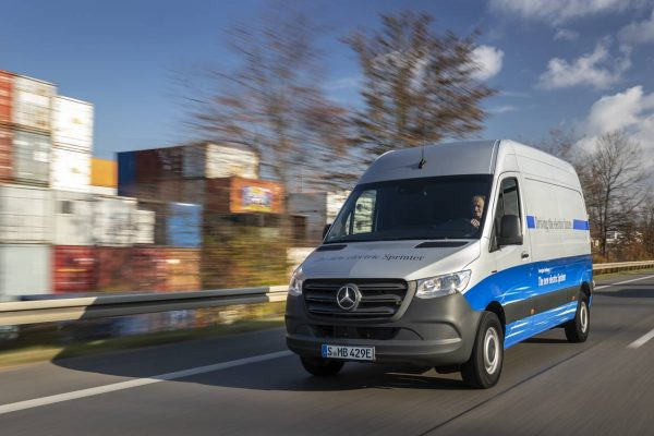 Le Mercedes eSprinter disponible à la commande