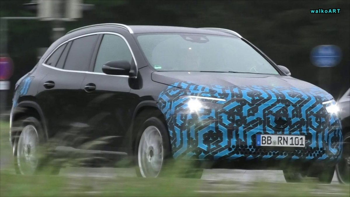 Mercedes EQA scoop 2020 camouflage