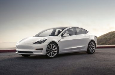 Toosla ajoute la Tesla Model 3 à son catalogue de location