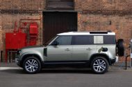 Le Land Rover Defender arrive en version hybride rechargeable