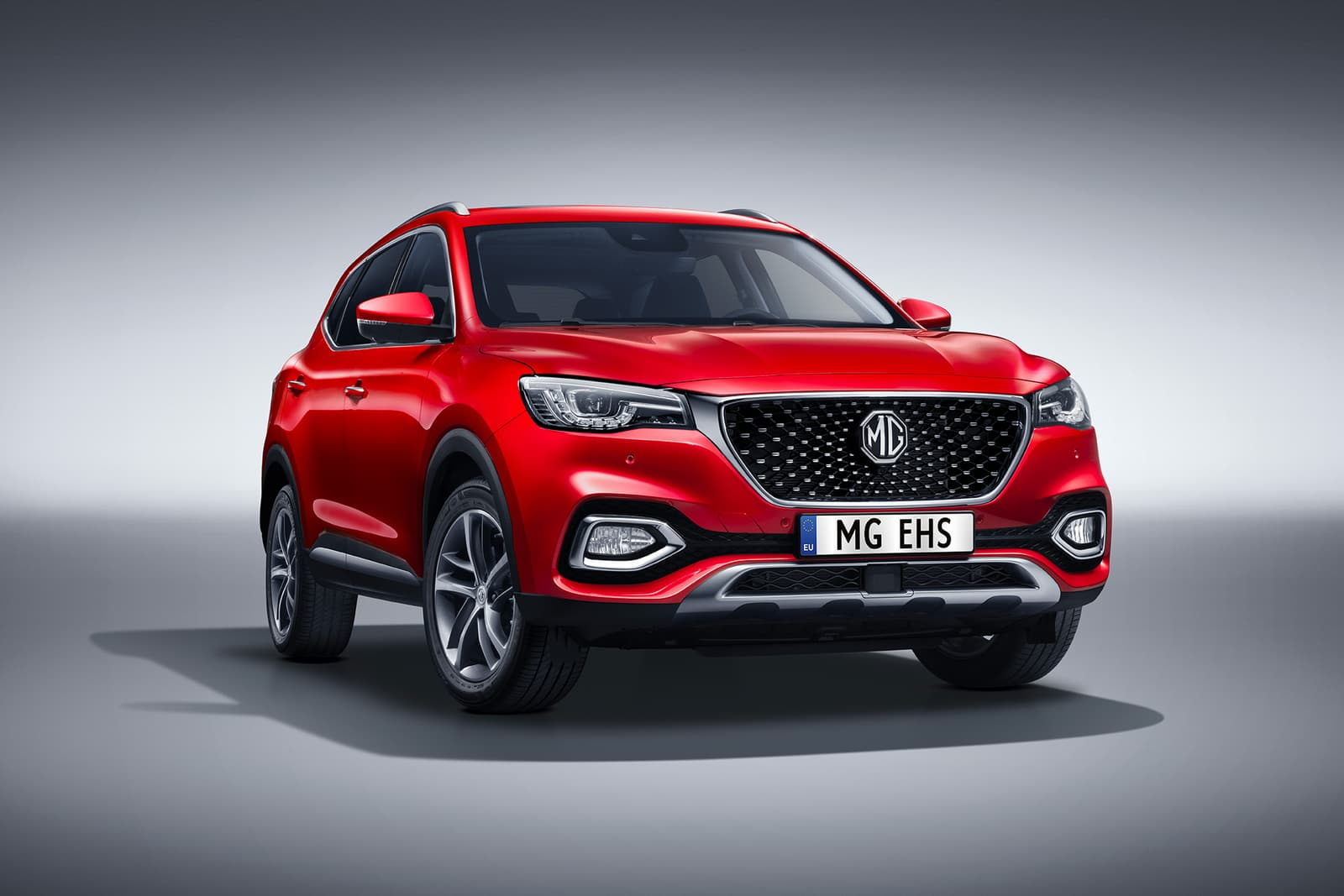 MG EHS SUV hybride rechargeable 2021